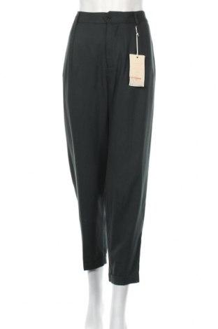 Дамски панталон La Fee Maraboutee, Размер L, Цвят Зелен, Лиосел, Цена 83,40лв.