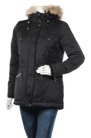 Дамско яке Pull&Bear, Размер M, Цвят Черен, 79% полиестер, 21% памук, Цена 62,30лв.