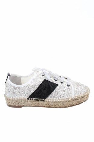 Εσπάδριλλες Kendall & Kylie, Μέγεθος 38, Χρώμα Λευκό, Κλωστοϋφαντουργικά προϊόντα, Τιμή 41,50€