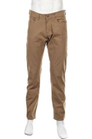 Мъжки панталон Izod, Размер M, Цвят Бежов, 98% памук, 2% еластан, Цена 16,38лв.