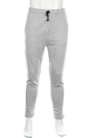 Мъжки панталон Pull&Bear, Размер L, Цвят Сив, 50% памук, 50% полиестер, Цена 36,40лв.