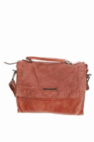 Дамска чанта FREDsBRUDER, Цвят Кафяв, Естествена кожа, Цена 269,25лв.