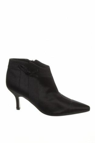 Dámské boty  Salvatore Ferragamo, Velikost 38, Barva Černá, Textile , Cena  2726,00Kč