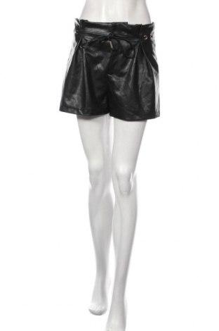 Dámské krátké kožené kalhoty  Tally Weijl, Velikost M, Barva Černá, Eko kůže, Cena  462,00Kč