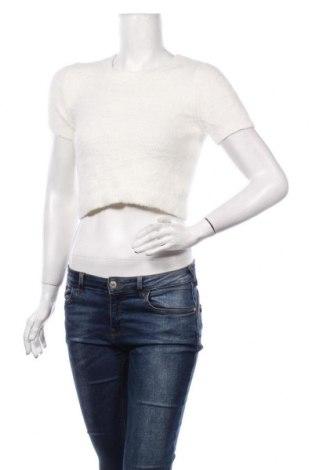 Дамски пуловер Garage, Размер M, Цвят Екрю, 61% полиамид, 39% акрил, Цена 26,25лв.