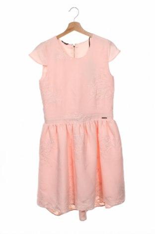 Детска рокля Guess By Marciano, Размер 15-18y/ 170-176 см, Цвят Розов, Полиестер, Цена 100,50лв.