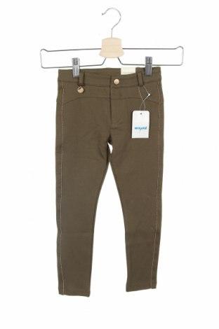 Детски панталон Mayoral, Размер 4-5y/ 110-116 см, Цвят Зелен, 58% памук, 42% лен, Цена 44,25лв.