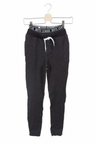 Pantaloni de trening, pentru copii Name It, Mărime 8-9y/ 134-140 cm, Culoare Gri, 85% bumbac, 15% poliester, Preț 88,82 Lei