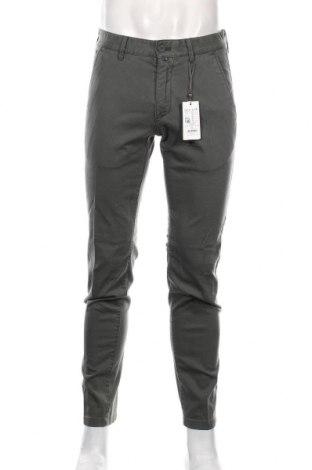 Pantaloni de bărbați Marc O'Polo, Mărime M, Culoare Verde, 98% bumbac, 2% elastan, Preț 357,79 Lei