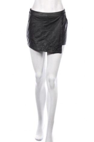 Fustă-pantalon H&M Divided, Mărime S, Culoare Negru, Piele ecologică, Preț 92,84 Lei
