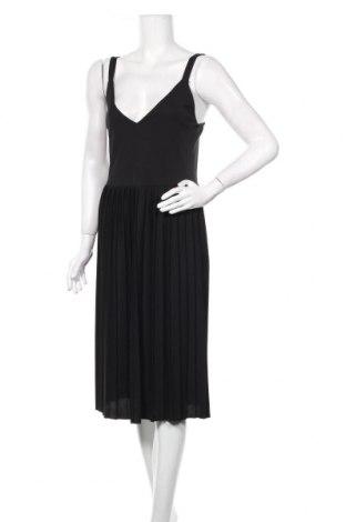Рокля Zara, Размер S, Цвят Черен, Цена 31,50лв.