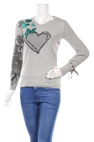 Дамска блуза Desigual, Размер XS, Цвят Сив, 88% памук, 12% полиестер, Цена 55,30лв.
