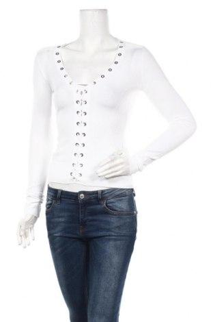 Дамска блуза Guess, Размер S, Цвят Бял, 65% вискоза, 35% полиамид, Цена 62,30лв.