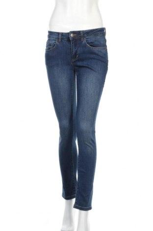 Дамски дънки Cortefiel, Размер S, Цвят Син, 98% памук, 2% еластан, Цена 25,26лв.