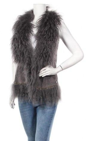 Дамски кожен елек Pepe Jeans, Размер L, Цвят Сив, Естествен велур, естествен косъм, Цена 129,85лв.