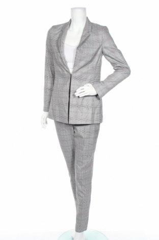 Дамски костюм Comma,, Размер S, Цвят Сив, 65% полиестер, 32% вискоза, 3% еластан, Цена 141,75лв.