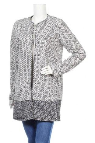 Дамско палто S.Oliver, Размер M, Цвят Бял, 96% полиестер, 4% еластан, Цена 23,40лв.