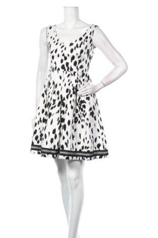 Рокля TWINSET, Размер M, Цвят Бял, 97% памук, 3% еластан, Цена 143,40лв.