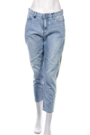 Γυναικείο Τζίν Armani Exchange, Μέγεθος M, Χρώμα Μπλέ, Βαμβάκι, Τιμή 84,67€