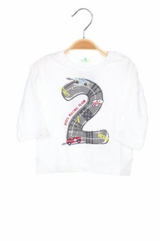 Детска блуза United Colors Of Benetton, Размер 2-3m/ 56-62 см, Цвят Бял, Памук, Цена 16,80лв.