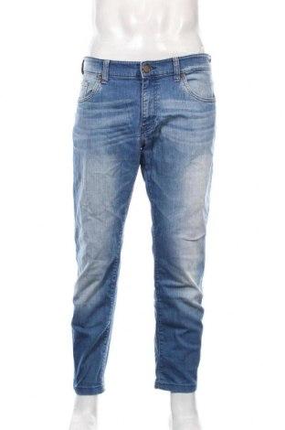 Мъжки дънки Calvin Klein Jeans, Размер L, Цвят Син, 98% памук, 2% еластан, Цена 37,80лв.