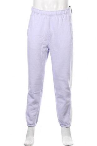 Męskie spodnie sportowe Nike, Rozmiar S, Kolor Fioletowy, 84% bawełna, 16% poliester, Cena 198,00zł
