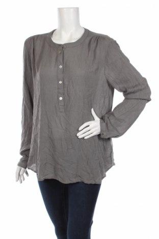 Дамска блуза Kaffe, Размер XL, Цвят Сив, Вискоза, Цена 36,40лв.