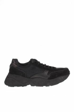 Γυναικεία παπούτσια Eva Minge