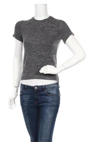 Γυναικεία μπλούζα Molly Bracken, Μέγεθος XS, Χρώμα Γκρί, 65% βισκόζη, 30% πολυεστέρας, 5% ελαστάνη, Τιμή 15,16€