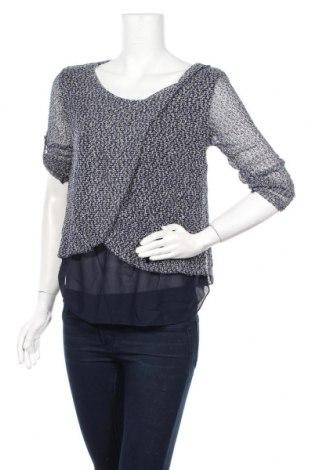 Γυναικεία μπλούζα Famous, Μέγεθος S, Χρώμα Μπλέ, 65% πολυεστέρας, 32% βισκόζη, 3% ελαστάνη, Τιμή 10,39€