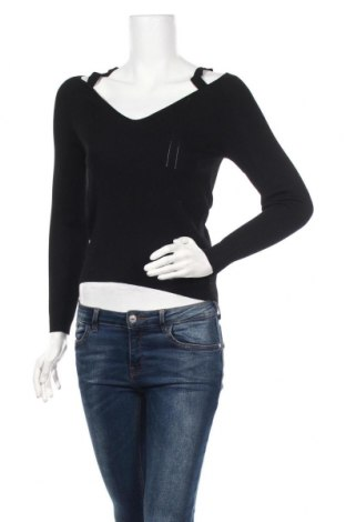 Дамска блуза Guess, Размер S, Цвят Черен, 52% вискоза, 48% полиамид, Цена 62,30лв.