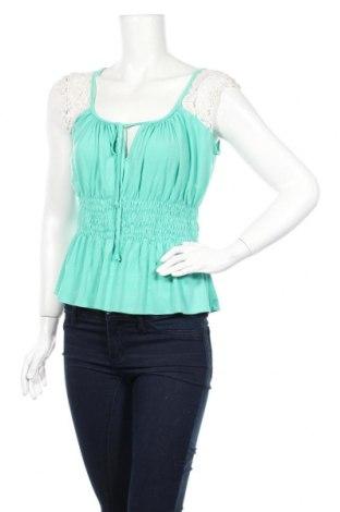 Дамска блуза Xoxo, Размер M, Цвят Зелен, 95% полиестер, 5% еластан, Цена 6,25лв.
