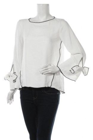 Дамска блуза Zara, Размер M, Цвят Бял, Полиестер, Цена 27,30лв.