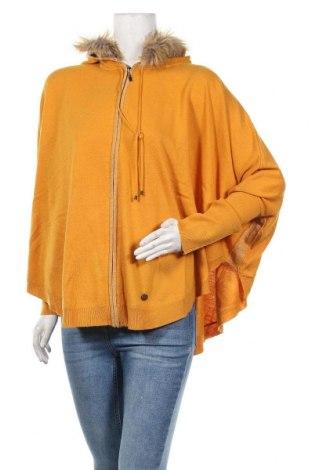 Дамска жилетка Women Dept, Размер XL, Цвят Жълт, 40% вискоза, 35% полиестер, 20% полиестер, 5% ангора, Цена 44,80лв.