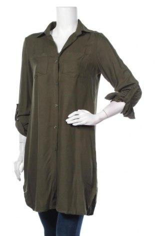 Дамска риза French Code, Размер M, Цвят Зелен, 95% полиестер, 5% еластан, Цена 39,20лв.