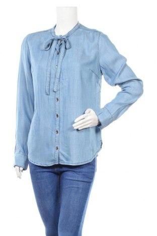 Дамска риза Guess, Размер M, Цвят Син, Лиосел, Цена 70,85лв.