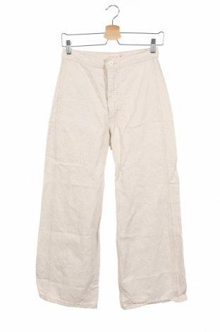 Дамски дънки Levi's, Размер S, Цвят Бежов, 69% памук, 31% лен, Цена 64,07лв.