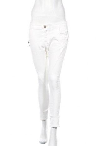 Дамски дънки Replay, Размер M, Цвят Бял, 98% памук, 2% еластан, Цена 83,20лв.