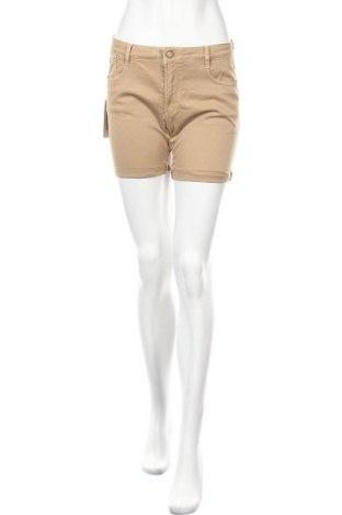 Γυναικείο κοντό παντελόνι Le Temps D'un Ete, Μέγεθος S, Χρώμα  Μπέζ, 98% βαμβάκι, 2% ελαστάνη, Τιμή 14,74€