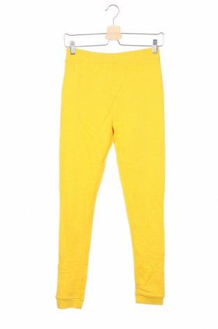 Детско спортно долнище Guess, Размер 12-13y/ 158-164 см, Цвят Жълт, Памук, Цена 41,30лв.