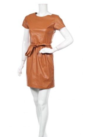Кожена рокля, Размер M, Цвят Кафяв, Еко кожа, Цена 34,30лв.