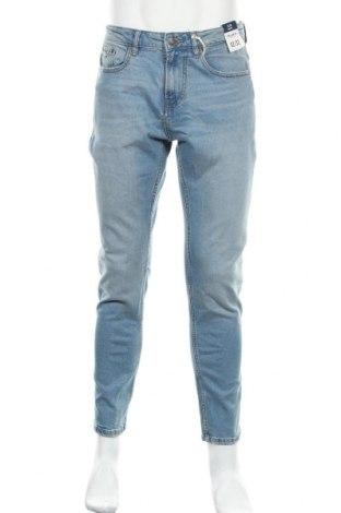 Мъжки дънки Pull&Bear, Размер M, Цвят Син, 99% памук, 1% еластан, Цена 37,80лв.