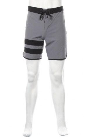 Мъжки къс панталон Hurley, Размер XS, Цвят Сив, 86% полиестер, 14% еластан, Цена 44,85лв.