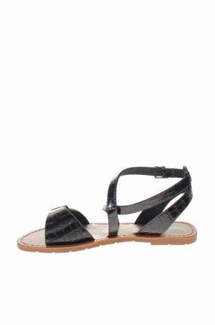 Σανδάλια Irl, Μέγεθος 38, Χρώμα Μαύρο, Δερματίνη, Τιμή 14,65€