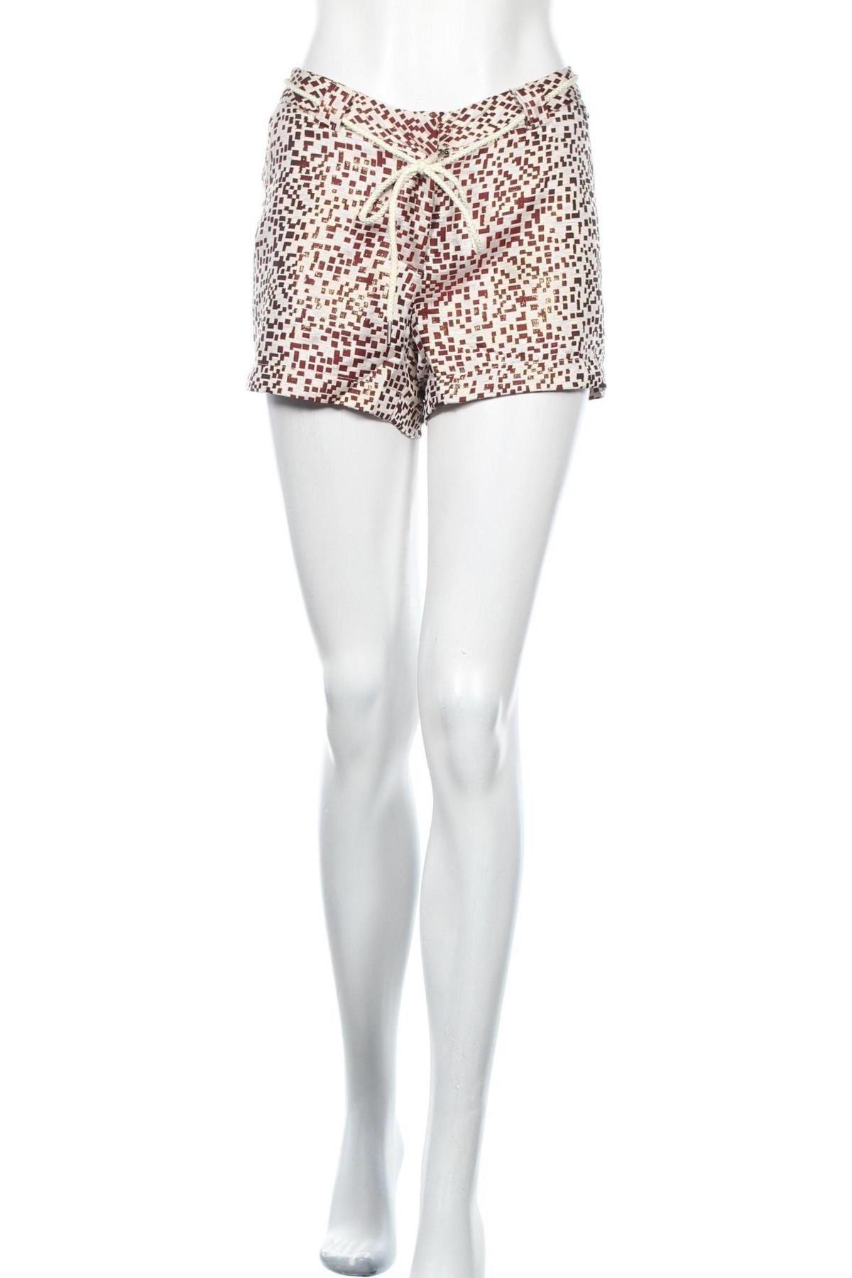 Дамски къс панталон Chattawak, Размер M, Цвят Бял, 90% полиестер, 10% метални нишки, Цена 11,88лв.