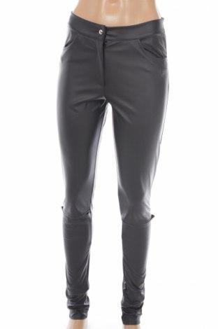Pantaloni de piele pentru damă