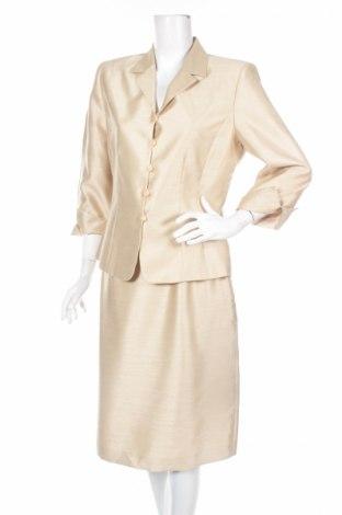 Costum de femei Le Suit
