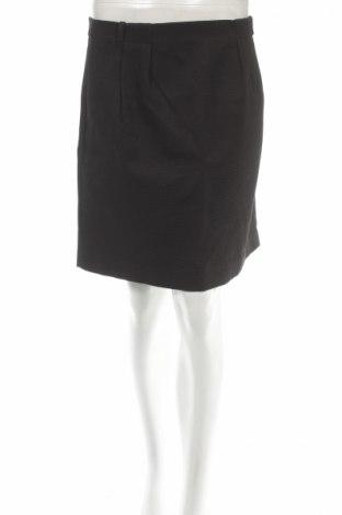 Пола Reserved, Размер L, Цвят Черен, Цена 10,35лв.