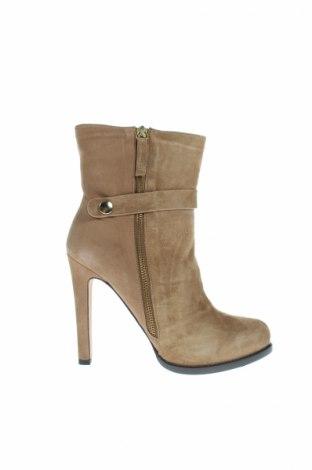 Dámské topánky  Pura Lopez