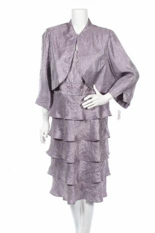 Costum de femei R&M Richards